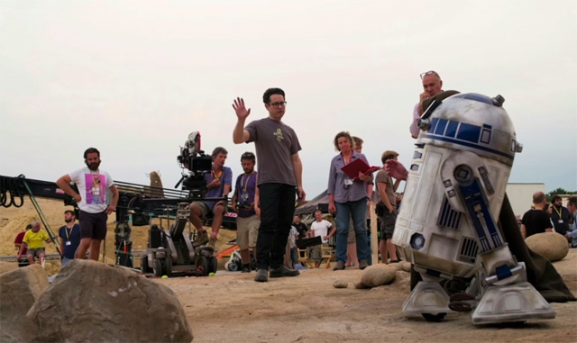 force awakens behind the scenes